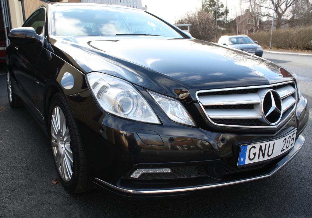 Mercedes Benz 305 CGI Coupé