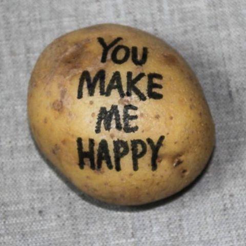 Skicka ett meddelande på en potatis från postapotatis.se #postapotatis #postapotatis.se #humor #kärlek #potatis
