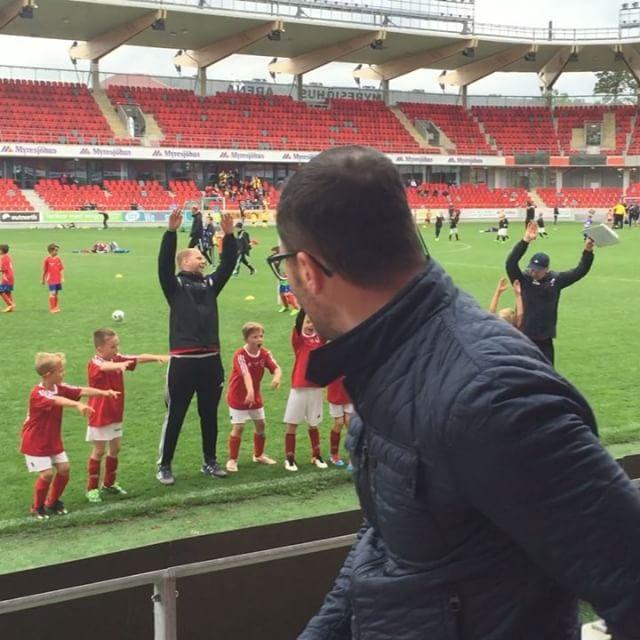 Riktigt nöjda grabbar efter en lyckad dag. Stort tack till @viktorfranssonjkpg och  Daniel som coachat!
